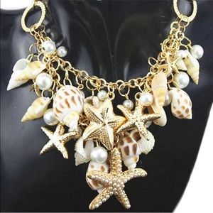 Jewelry - 🐚Beach seashell Necklace🐚